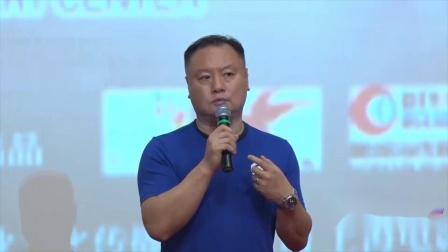 八卦:滕华涛谈《上海堡垒》争议:我用错了鹿晗