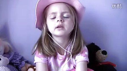 5岁可爱小女孩发自内心图片