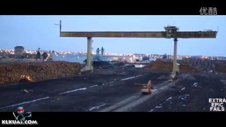 【轻松时刻】搞笑事故视频集锦-01-2015不作就不会