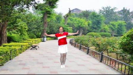 点击观看《最新宜阳明萱广场舞 听心》