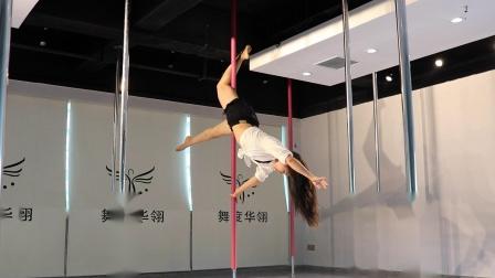 重庆钢管舞