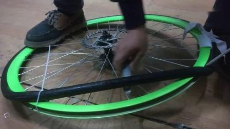 死飞自行车  公路自行车 自行车真空胎  实心胎  通用安装视频   30   40   50