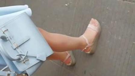 靓妹的丝袜脚