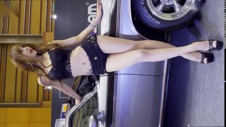 2018韩国车展气质美女模特,身材好超可爱