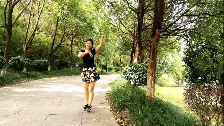 红豆广场舞《爱的思念》编舞郑儿
