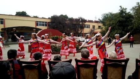 洛陽香港城社區慰問養老院重陽節快樂文藝演出想西藏