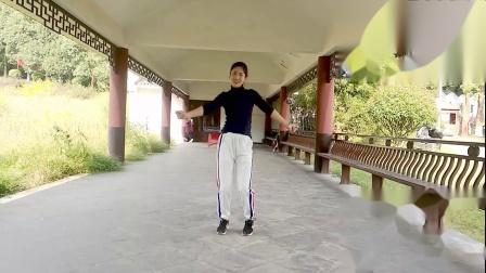红豆梦千年广场舞《想你的情歌》编舞珊珊