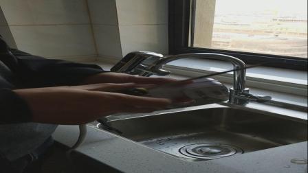 德利华接驳式电热水龙头厨房水龙头安装