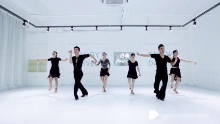 点击观看《派澜拉丁舞 Havana 男女混跳拉丁舞,我没有女伴吸引了》