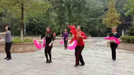 心儿爽舞队 晨练扇子舞