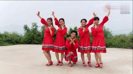 美5位大山姑娘山中起舞草原中国心安阳火凤凰广场舞
