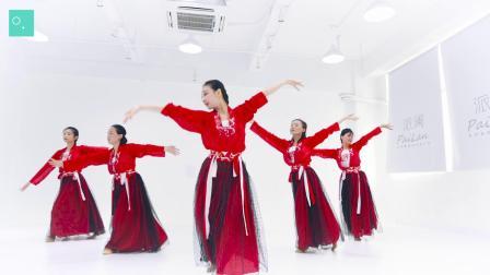 点击观看《派澜舞蹈《敢为天下先》 女性柔美的中国舞展示古典韵味十足》