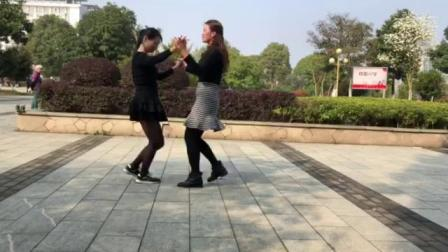 新干青铜广场交谊舞(吉特巴版)中国好姑娘