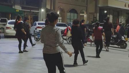 婆婆广场舞1