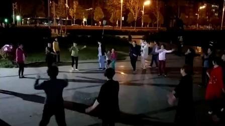 帝豪姐妹广场舞