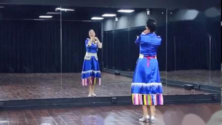 心在草原飛(萱萱背面)-糖豆廣場舞課堂簡單藏舞 20181022