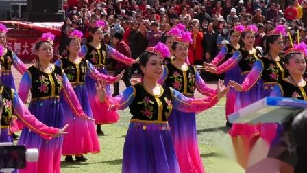 绥德2019广场舞大赛,舞动奇迹舞队,新疆舞丝绸之路!