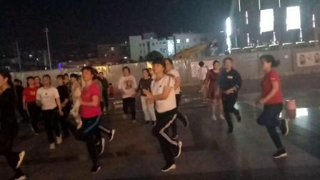 湖南省长沙市岳麓区,大妈广场舞广场舞