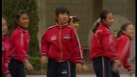 小学体育与健康四年级《原地侧向掷远》(小学体育与健康优秀课例教学实录视频)