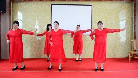 沙湖新街中九班44周年同学聚会 广场舞表演《军中绿花》