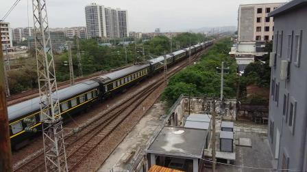 广铁广段的HXD1D型电力机车牵引K1348次列车和广铁广段的HXD1D型电力机车牵引T122次列车在广州北站相遇,K1348次列车的轮轨声超级好听!