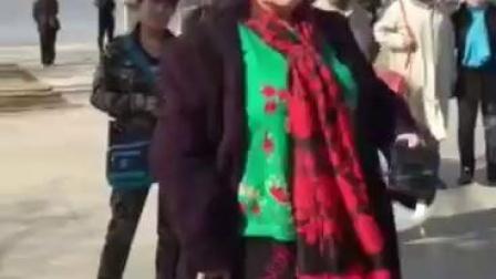 75岁女老生 演唱京剧打棍出箱