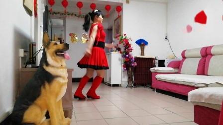 嫦娥学跳国际排舞