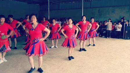 固城全民健身广场秀四街广场舞