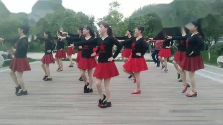 红安县接官厅社区广场舞《相伴一生》编舞:女女    制作:舞之友