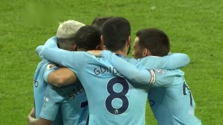 英超21轮 曼城2-1利物浦 阿圭罗收获首球 庆祝时刻