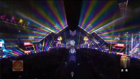 郭富城聽野狼disco是什么感受 昨晚楊冪、騰格爾、王晨藝表演的《野狼Disco》唱出了不一樣的感覺,..