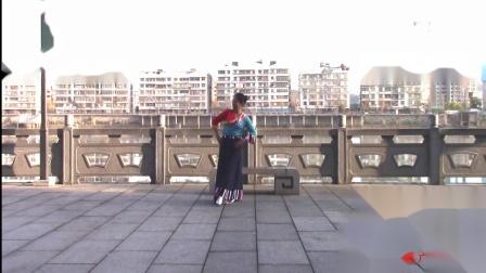 榕城舞魅广场舞《心中的雪莲》 编舞 秦来财