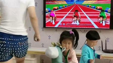 童年趣事:宝妈在家的日常带娃,每天跑一会儿把宝贝哄的高高兴兴