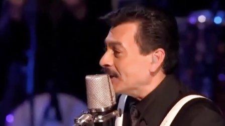 Golpes En El Corazón 现场版