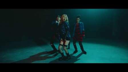 韩国男女混声组合KARD《Oh NaNa》【MV】