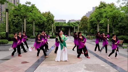 安陆市老年大学体育舞蹈班德安植物园彩排剪影
