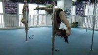 重庆钢管舞培训悬空练习 浅浅的睡眠相关视频