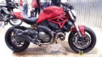 2015 杜卡迪 Monster 821 with Slip-on Exhaust Kit by Zard -排气管改装外饰