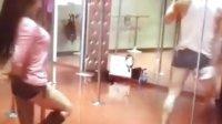 首席导师莫妍(莫莫老师)钢管表演舞教学片段3 ORG福利视频新地址相关视频