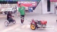视频: 城里人真会玩把【拖拉机改装成直线加速赛车】