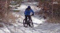 视频: 山里好大的雪