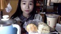[5爱吃饭的妹子]两包泡面+海苔卷+葡萄干面包 吃播