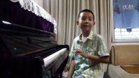 我要为好朋友项林瀚同学和他的爸爸妈妈即兴演奏钢琴曲:友谊相伴 快乐前行。15.09.20