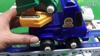 建筑工程车出交通事故 变形警车珀利紧急救援 玩具车 汽车总动员