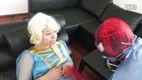 【超级英雄在现实生活中】冰雪女皇ELSA VS蜘蛛侠   医生W_粉红色的美人鱼_小丑