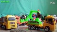 飞燕传媒 玩具车王国 挖掘车搅拌车货车建筑玩具赛车总动员 儿童玩具试玩测评