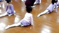 基本功压后腿,小舞蹈我是小海军