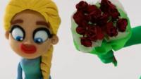 各种场景角色扮演的绿巨人 送玫瑰给艾莎公主 搞笑的超人动漫