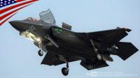由美军主导-多国联合研发的F-35闪电II单座单发动机三军通用多用途战斗机