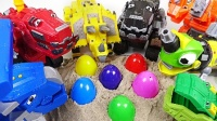 恐龙机器人 孩子们惊喜 玩具的孩子 惊喜蛋 Dinosaurs robot, surprise kids. toys for kids